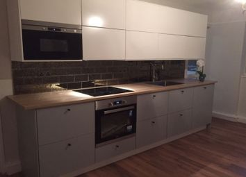 Thumbnail 4 bed flat to rent in Central Street, London