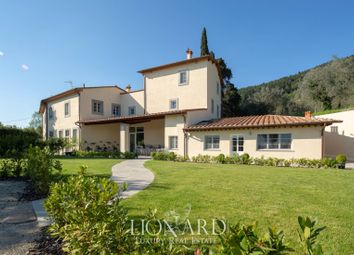 Thumbnail 5 bed villa for sale in Prato, Prato, Toscana