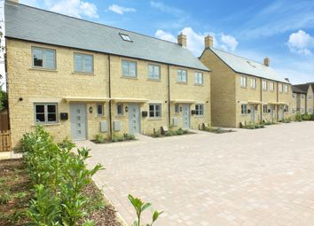 Thumbnail 3 bed detached house for sale in Burford Road, Lechlade