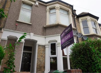 Thumbnail 2 bedroom flat for sale in Richmond Road, London