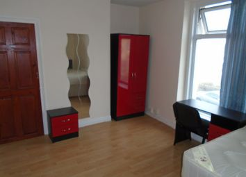Thumbnail 5 bed flat to rent in Mansel Street, Swansea