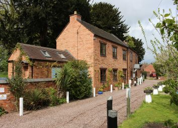 Thumbnail 4 bed property for sale in Austrey, Warwickshire