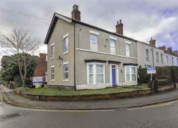 Thumbnail 1 bedroom flat to rent in Cross Street, Chesterfield