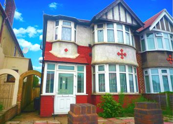 Thumbnail 2 bed flat to rent in Norbreck Gardens, Hanger Lane, London