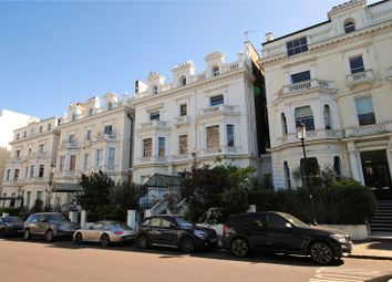 Pembridge Square, Notting Hill, London W2. 3 bed flat for sale