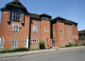 Thumbnail 1 bed flat to rent in St. Bonnet Drive, Bishops Waltham, Southampton