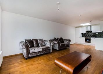 1 bed flat to let in Tolworth Broadway