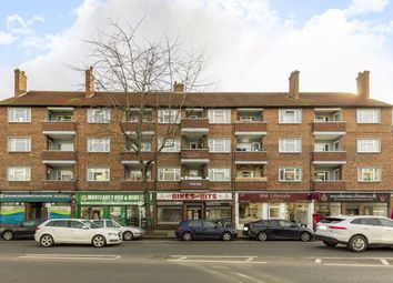 Mortlake High Street, London SW14. 2 bed flat for sale