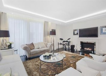 Thumbnail 3 bedroom flat to rent in Strand, London