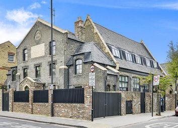 Thumbnail 3 bed property for sale in Grange Hall, Stoke Newington, London