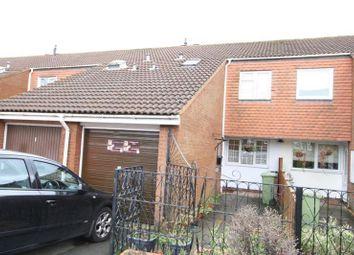 3 bed terraced house to rent in Walshs Manor, Stantonbury, Milton Keynes MK14