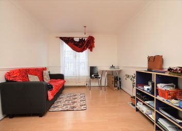 1 bed farmhouse for sale in Green Court, Mile End, London E1