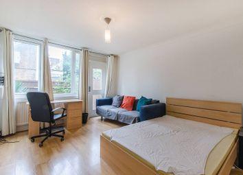3 bed maisonette to rent in Woolstaplers Way, Bermondsey, London SE16
