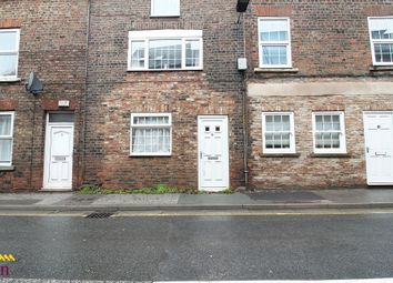 Thumbnail 1 bed flat to rent in Ground Floor Flat 6 Millgate, Selby