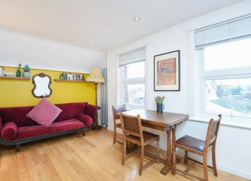 Thumbnail 1 bedroom flat for sale in Rosslyn Hill, Hampstead