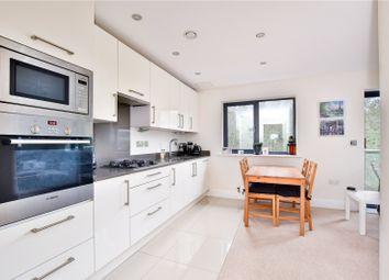 Walkers House, Caravan Lane, Rickmansworth, Hertfordshire WD3. 2 bed flat