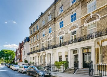 Thumbnail 3 bed maisonette for sale in Elm Park Road, Chelsea, London