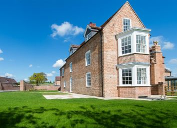 Thumbnail 4 bed property for sale in Henley Road, Outhill, Warwickshire