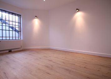 Thumbnail 2 bed flat to rent in Eltham High Street, London