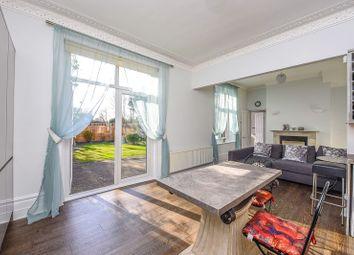 3 bed maisonette for sale in Ravenscroft Park, Barnet, Hertfordshire. EN5
