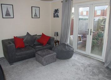Thumbnail 1 bedroom flat to rent in Segsbury Road, Wantage