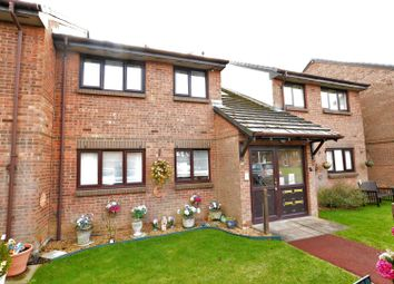 Thumbnail 2 bedroom flat for sale in Ash Grove, Dunstable