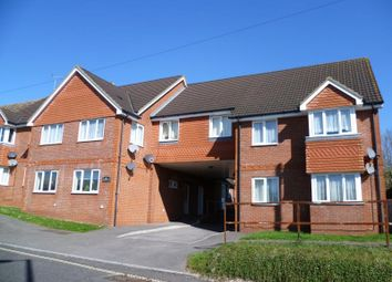 Thumbnail 2 bed flat to rent in Kingfisher Court, Basingstoke