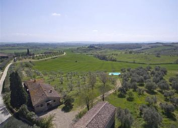 Thumbnail 4 bed country house for sale in Farmhouse, Siena, Tuscany