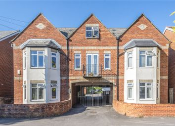 Thumbnail 1 bed flat for sale in Crescent Road, Temple Cowley, Oxford
