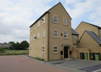 Thumbnail 2 bed town house for sale in Fallbrook Road, Castleford