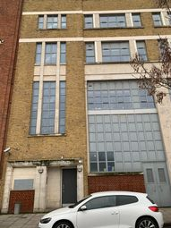 Thumbnail 1 bed flat to rent in Somerford Grove, Dalston