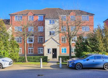 Thumbnail 2 bed flat to rent in Nodeway Gardens, Welwyn, Hertfordshire