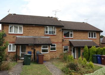 2 bed terraced house to rent in Frensham Close, Banbury, Oxon OX16