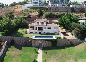 Thumbnail 4 bed villa for sale in El Paraiso, Estepona, Costa Del Sol
