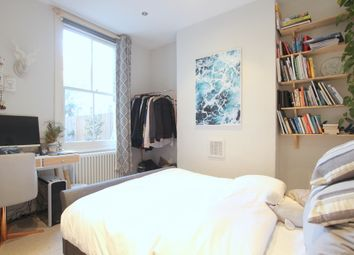 2 bed maisonette to rent in Robertson Street, London SW8