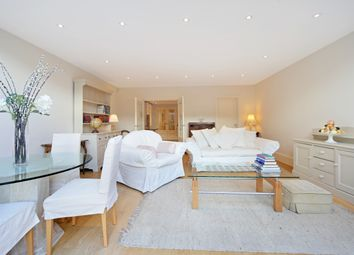 Thumbnail 1 bed flat to rent in Elthiron Road, Parsons Green, Fulham