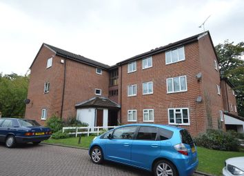 Thumbnail 2 bed flat to rent in Chessington Hall Gardens, Chessington, Surrey.