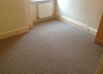 1 bed flat to rent in Redston Road, Crouch End N8