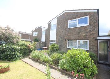 Thumbnail 4 bedroom property to rent in Lingfield Road, Stevenage