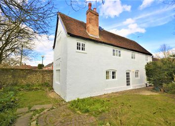 Thumbnail 3 bed cottage to rent in High Street, Great Missenden