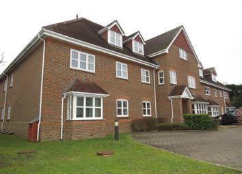 Thumbnail 2 bedroom flat to rent in Reading Road, Sherfield-On-Loddon, Hook