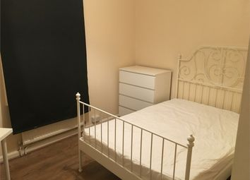 Room to rent in Jubilee Street, London E1