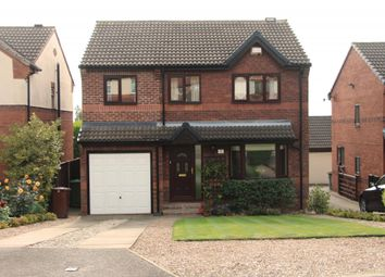 Thumbnail 4 bed detached house for sale in Headlands Walk, Ossett