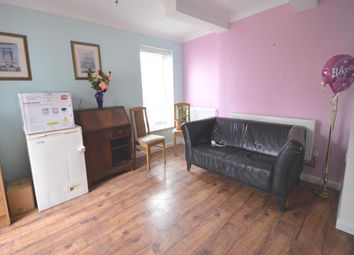 Thumbnail 1 bed flat to rent in Ladywood Road, Tolworth, Surbiton