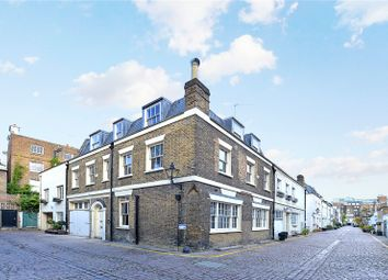 4 bed mews house for sale in Queen's Gate Mews, London SW7