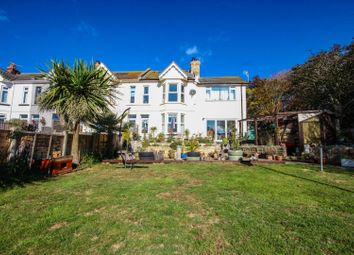 New Close, Wyke Regis, Weymouth DT4. 5 bed terraced house