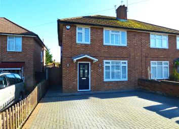 Thumbnail 3 bed property for sale in Featherstone Gardens, Borehamwood