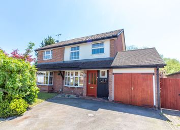 Thumbnail 5 bed detached house for sale in Kingsford Close, Woodley, Reading
