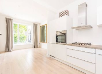 Thumbnail 3 bedroom maisonette to rent in Northchurch Road, Canonbury