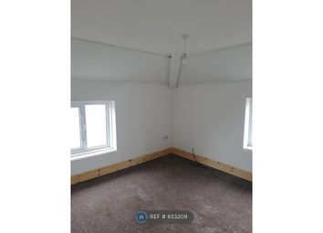 2 bed flat to rent in Vance Road, Blackpool FY1